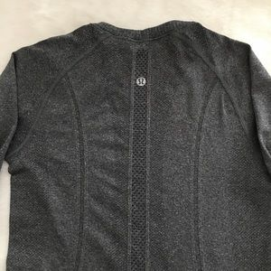 Lululemon long sleeve shirt